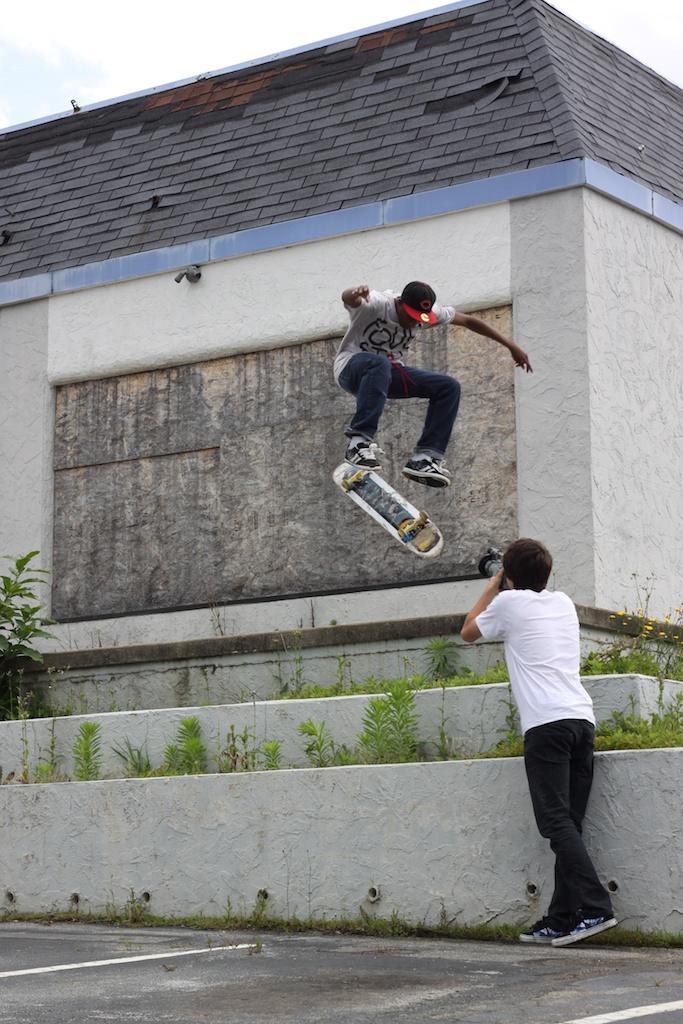 blazer skate shop