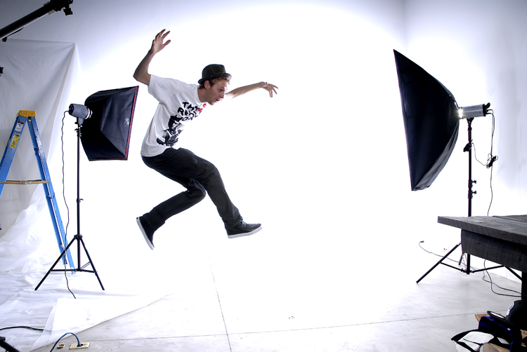 mike_jumping