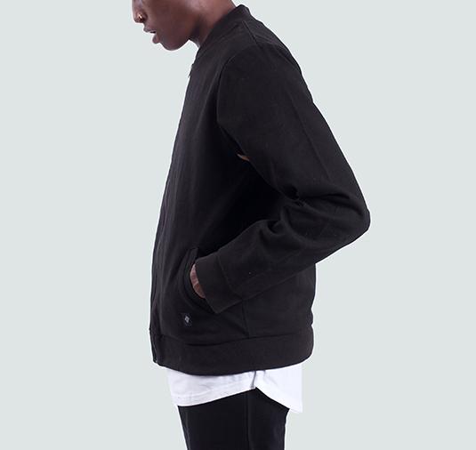 Cromwell-Black2